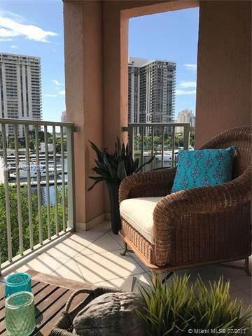 Yacht Club At Aventura for Sale - 19999 E Country Club Dr, Unit 1508, Aventura 33180, photo 11 of 14