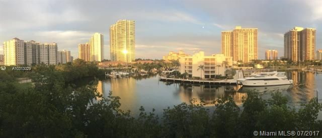 Yacht Club At Aventura for Sale - 19999 E Country Club Dr, Unit 1508, Aventura 33180, photo 13 of 14