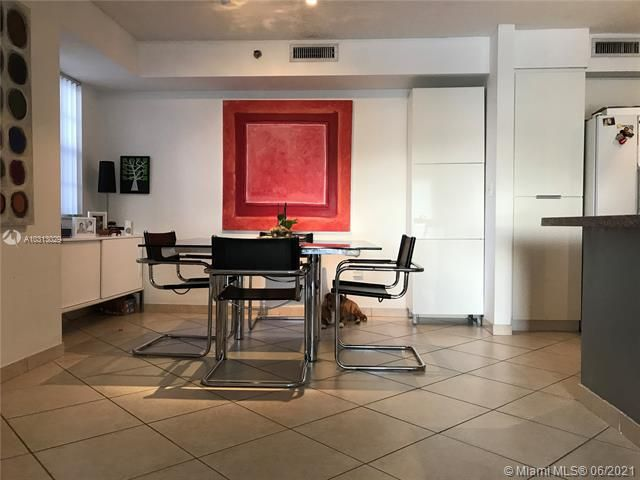Yacht Club At Aventura for Sale - 19999 E Country Club Dr, Unit 1508, Aventura 33180, photo 4 of 14