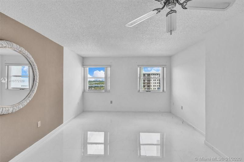 Summit for Sale - 1201 S Ocean Dr, Unit 2309S, Hollywood 33019, photo 19 of 40