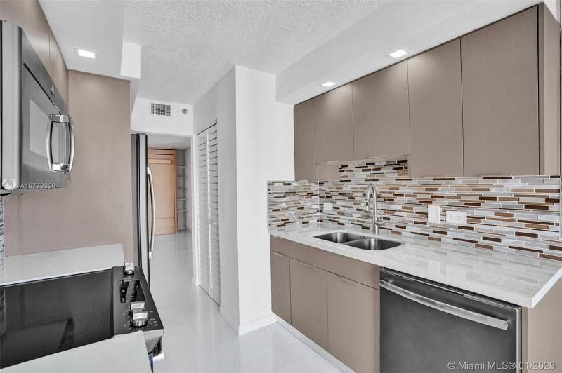 Summit for Sale - 1201 S Ocean Dr, Unit 2309S, Hollywood 33019, photo 6 of 40