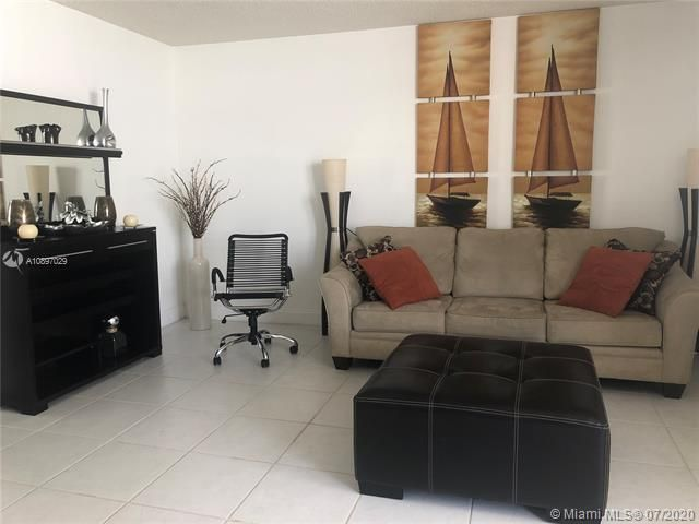 Sea Air Towers for Sale - 3725 S Ocean Dr, Unit 1025, Hollywood 33019, photo 10 of 61