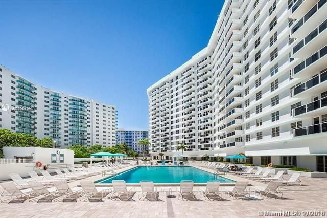 Sea Air Towers for Sale - 3725 S Ocean Dr, Unit 1025, Hollywood 33019, photo 12 of 61