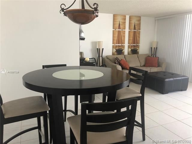 Sea Air Towers for Sale - 3725 S Ocean Dr, Unit 1025, Hollywood 33019, photo 3 of 61