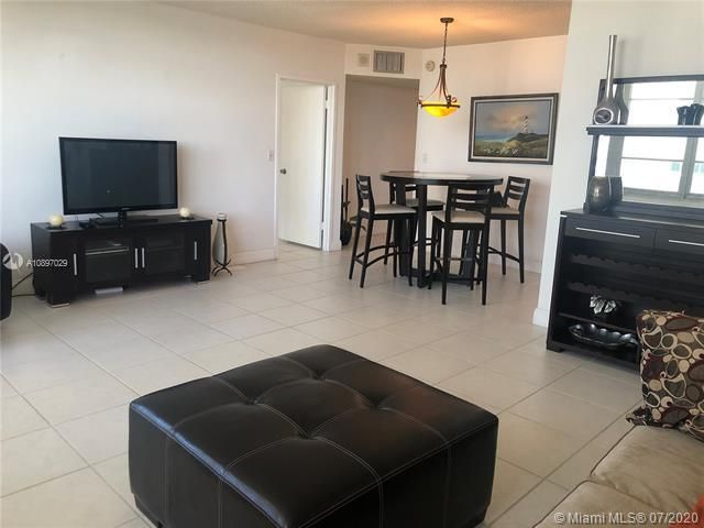 Sea Air Towers for Sale - 3725 S Ocean Dr, Unit 1025, Hollywood 33019, photo 38 of 61