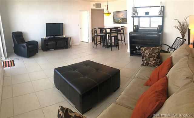 Sea Air Towers for Sale - 3725 S Ocean Dr, Unit 1025, Hollywood 33019, photo 39 of 61