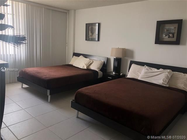Sea Air Towers for Sale - 3725 S Ocean Dr, Unit 1025, Hollywood 33019, photo 4 of 61