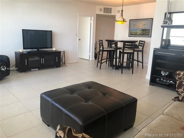 Sea Air Towers for Sale - 3725 S Ocean Dr, Unit 1025, Hollywood 33019, photo 40 of 61