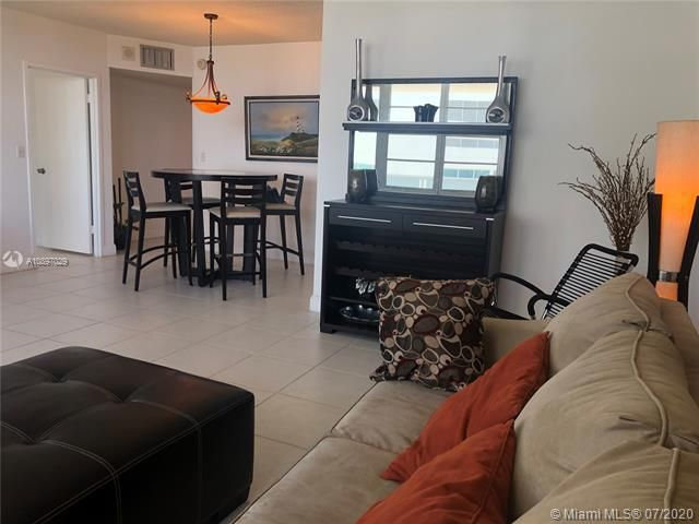 Sea Air Towers for Sale - 3725 S Ocean Dr, Unit 1025, Hollywood 33019, photo 41 of 61