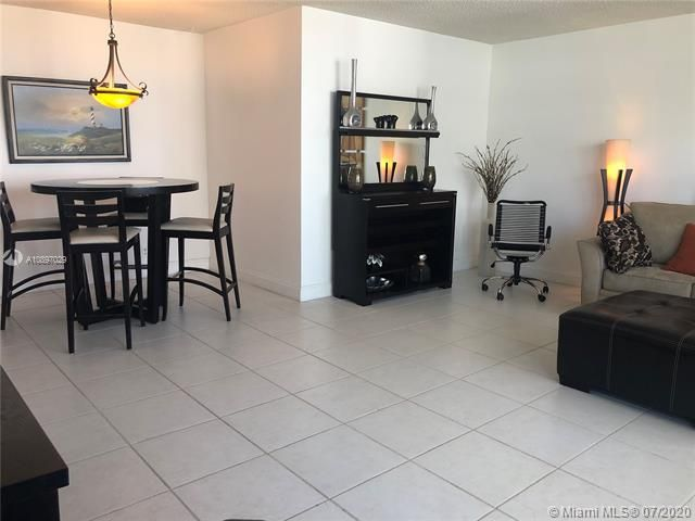 Sea Air Towers for Sale - 3725 S Ocean Dr, Unit 1025, Hollywood 33019, photo 43 of 61