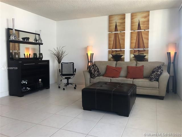 Sea Air Towers for Sale - 3725 S Ocean Dr, Unit 1025, Hollywood 33019, photo 46 of 61