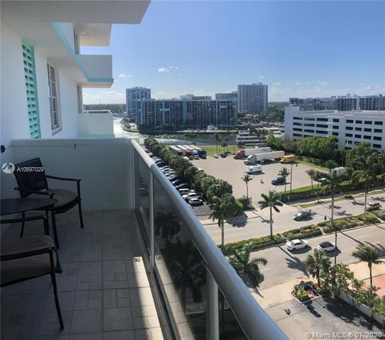 Sea Air Towers for Sale - 3725 S Ocean Dr, Unit 1025, Hollywood 33019, photo 48 of 61