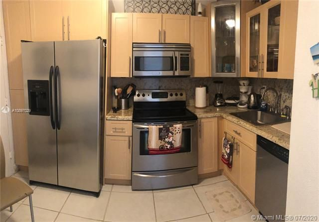Sea Air Towers for Sale - 3725 S Ocean Dr, Unit 1025, Hollywood 33019, photo 51 of 61