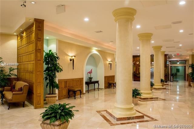 Sea Air Towers for Sale - 3725 S Ocean Dr, Unit 1025, Hollywood 33019, photo 60 of 61