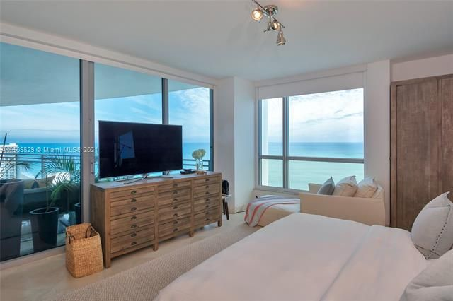 Diplomat Oceanfront Residences for Sale - 3535 E Ocean Dr, Unit 1902, Hollywood 33019, photo 16 of 37