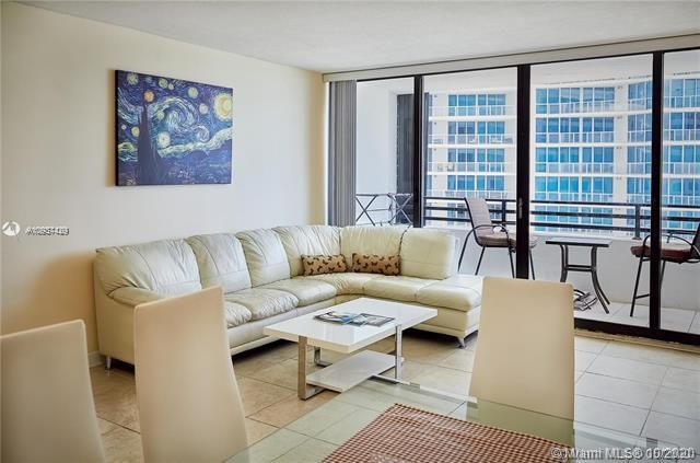 Alexander Towers for Sale - 3505 S Ocean Dr, Unit 908, Hollywood 33019, photo 6 of 19