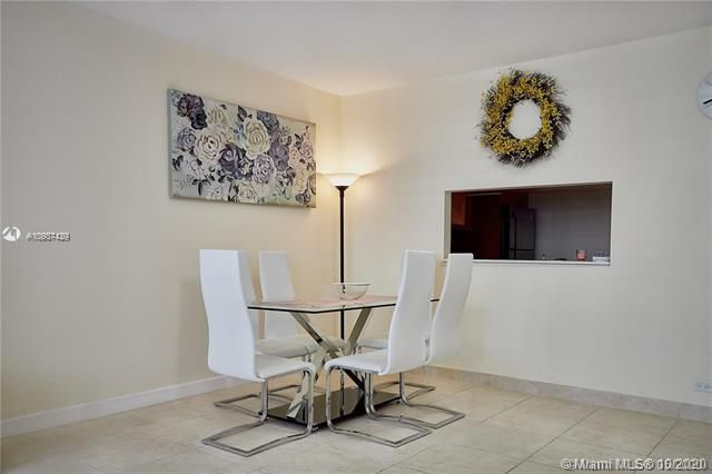 Alexander Towers for Sale - 3505 S Ocean Dr, Unit 908, Hollywood 33019, photo 8 of 19