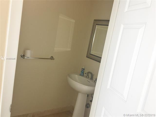 Port Condominium & Marina for Sale - 1819 SE 17th St, Unit 1201, Fort Lauderdale 33316, photo 17 of 37