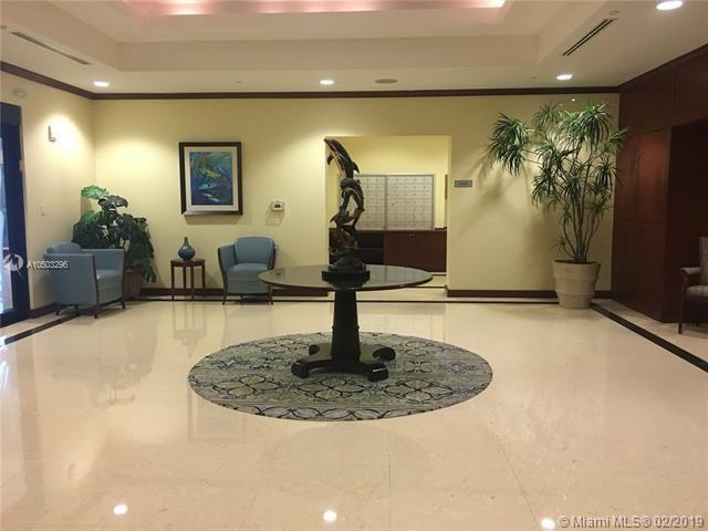 Port Condominium & Marina for Sale - 1819 SE 17th St, Unit 1201, Fort Lauderdale 33316, photo 32 of 37
