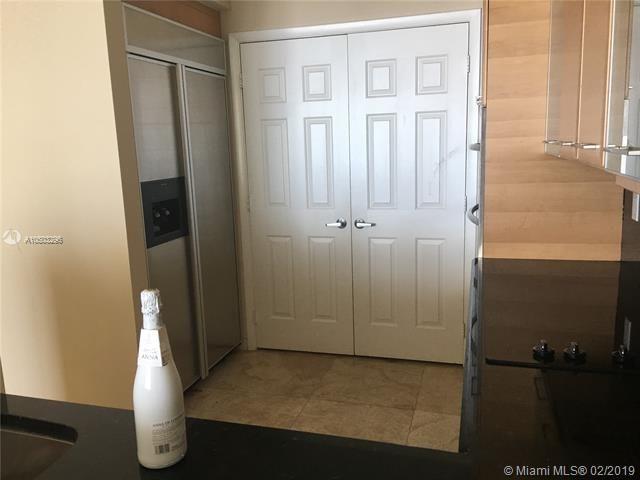 Port Condominium & Marina for Sale - 1819 SE 17th St, Unit 1201, Fort Lauderdale 33316, photo 9 of 37
