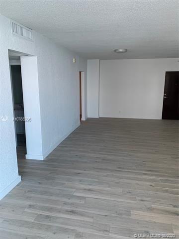 Sian Ocean Residences for Sale - 4001 S Ocean Dr, Unit 10N, Hollywood 33019, photo 3 of 25