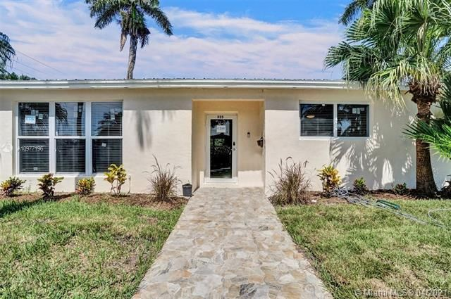 Ocean View Golf Add for Sale - 325 SE 4th Ave, Dania 33004, photo 6 of 19