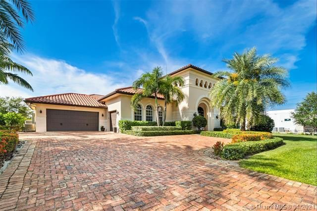 Bella Acre Estates for Sale - 17120 Reserve Ct, Southwest Ranches 33331, photo 1 of 49