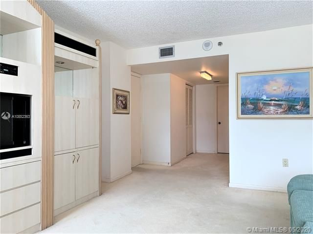 Summit for Sale - 1201 S Ocean Dr, Unit 2203N, Hollywood 33019, photo 17 of 41