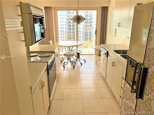 Summit for Sale - 1201 S Ocean Dr, Unit 2203N, Hollywood 33019, photo 8 of 41