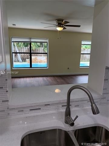 Flamingo Gardens for Sale - 11529 SW 51st Ct, Cooper City 33330, photo 12 of 28