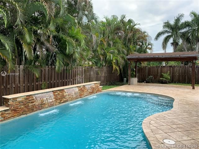 Flamingo Gardens for Sale - 11529 SW 51st Ct, Cooper City 33330, photo 6 of 28