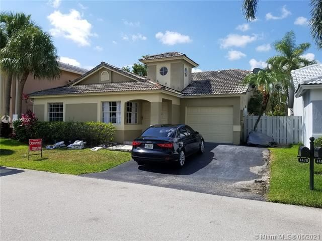 Winston Park Sec 2-a for Sale - 4470 NW 55th Dr, Coconut Creek 33073, photo 1 of 19