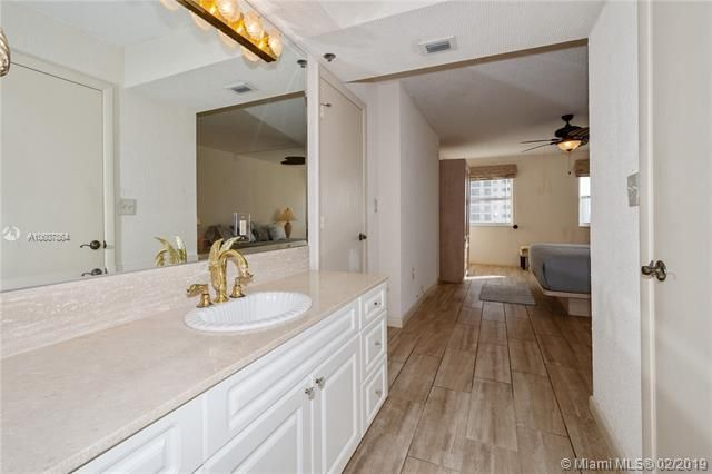 Summit for Sale - 1201 S Ocean Dr, Unit 1009N, Hollywood 33019, photo 11 of 28