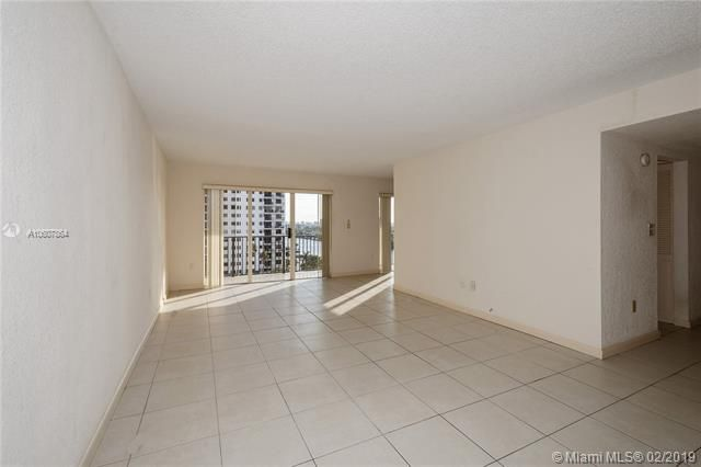 Summit for Sale - 1201 S Ocean Dr, Unit 1009N, Hollywood 33019, photo 4 of 28