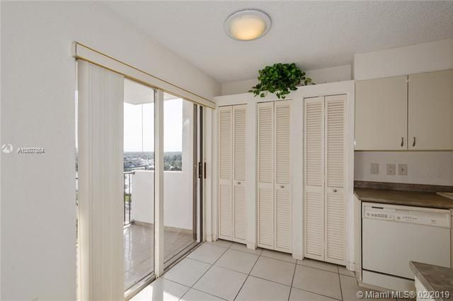 Summit for Sale - 1201 S Ocean Dr, Unit 1009N, Hollywood 33019, photo 8 of 28