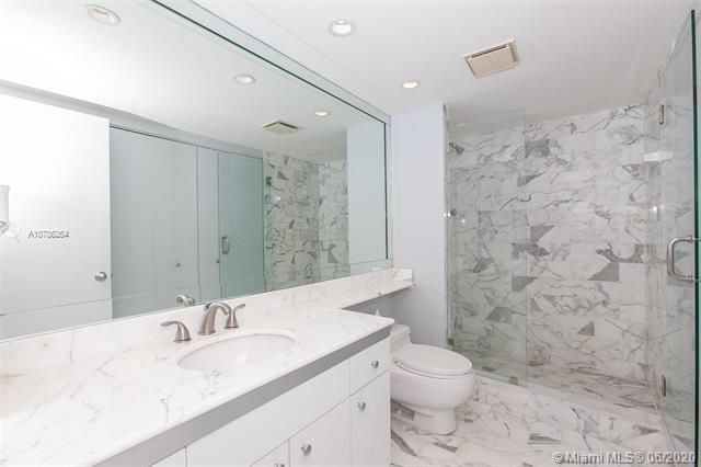 Turnberry Isle for Sale - 19667 Turnberry Way, Unit 19L, Aventura 33180, photo 20 of 44