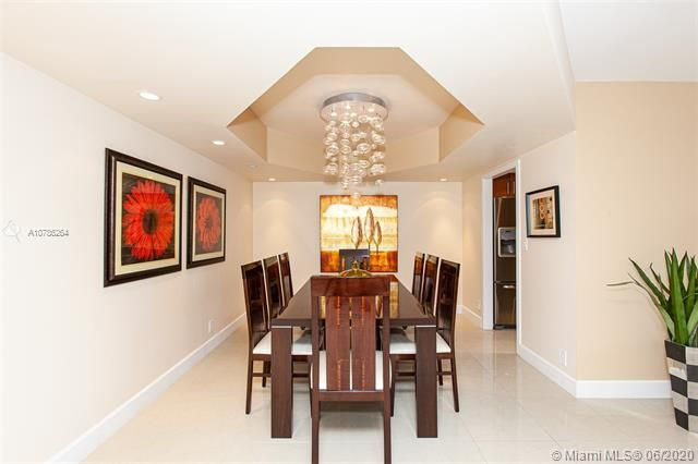 Turnberry Isle for Sale - 19667 Turnberry Way, Unit 19L, Aventura 33180, photo 3 of 44
