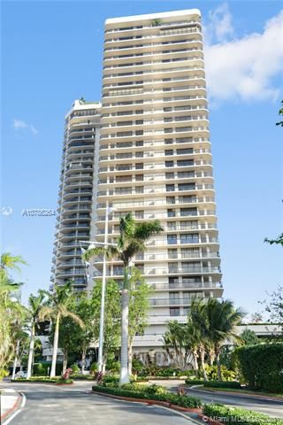 Turnberry Isle for Sale - 19667 Turnberry Way, Unit 19L, Aventura 33180, photo 35 of 44