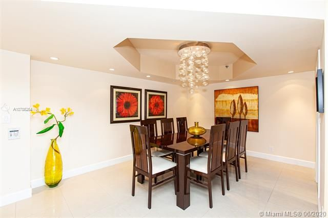 Turnberry Isle for Sale - 19667 Turnberry Way, Unit 19L, Aventura 33180, photo 4 of 44