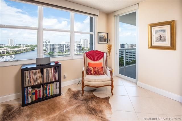 Sea Air Towers for Sale - 3725 S Ocean Dr, Unit 1127, Hollywood 33019, photo 1 of 35