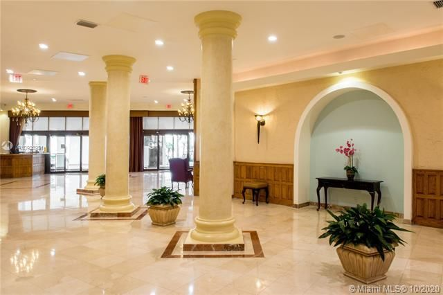 Sea Air Towers for Sale - 3725 S Ocean Dr, Unit 1127, Hollywood 33019, photo 27 of 35
