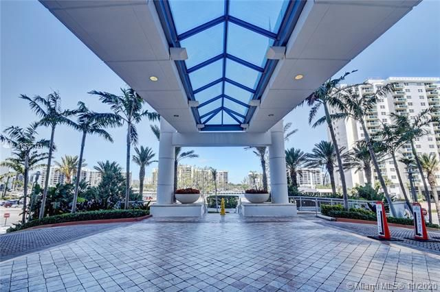 Ocean Palms for Sale - 3101 S Ocean Drive, Unit 3408, Hollywood 33019, photo 3 of 71