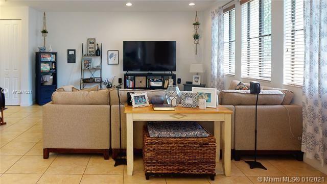 Artesia for Sale - 2901 NW 126th Ave, Unit 2-307, Sunrise 33323, photo 3 of 52