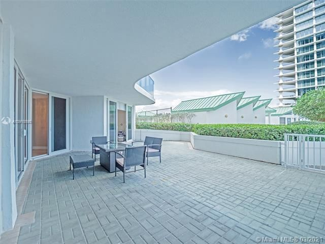 Sands Pointe for Sale - 16711 Collins Ave, Unit 604, Sunny Isles 33160, photo 15 of 32