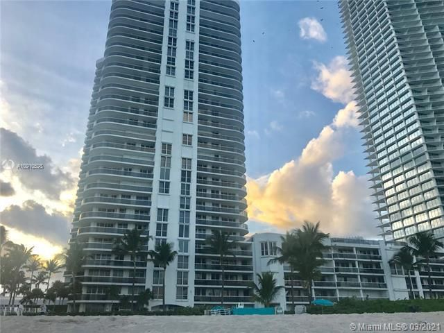 Sands Pointe for Sale - 16711 Collins Ave, Unit 604, Sunny Isles 33160, photo 17 of 32