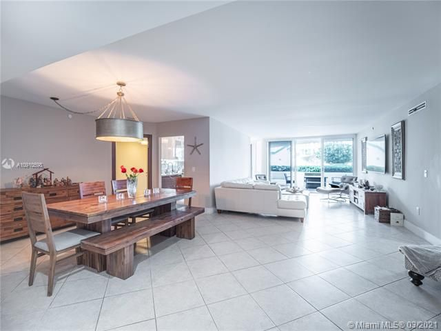 Sands Pointe for Sale - 16711 Collins Ave, Unit 604, Sunny Isles 33160, photo 2 of 32