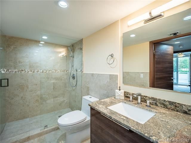 Sands Pointe for Sale - 16711 Collins Ave, Unit 604, Sunny Isles 33160, photo 5 of 32