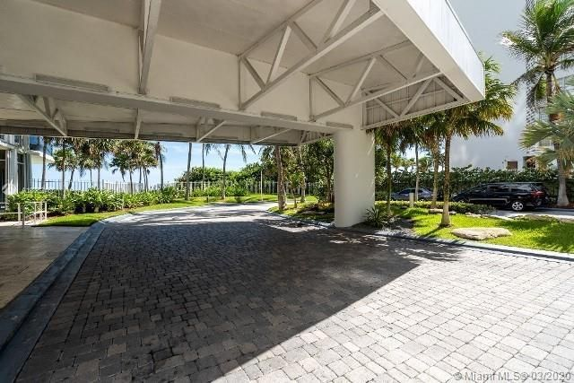 Sands Pointe for Sale - 16711 Collins Ave, Unit 1007, Sunny Isles 33160, photo 4 of 25