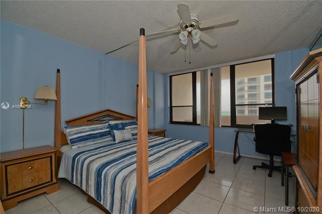 Alexander Towers for Sale - 3505 S Ocean Dr, Unit 1416, Hollywood 33019, photo 6 of 12