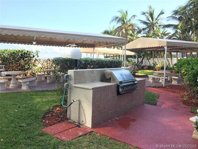 Alexander Towers for Sale - 3505 S Ocean Dr, Unit 917, Hollywood 33019, photo 11 of 12